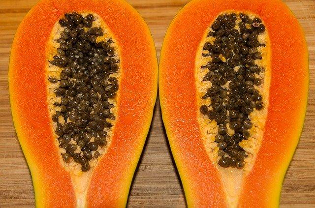 papaya contra las tiñas